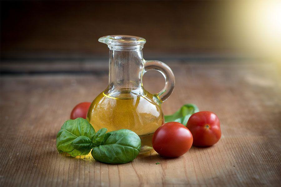 Günlük zeytinyağı tüketimi vücut sağlığınız için güçlü bir kalkan olacaktır.